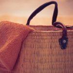 najważniejszy dodatek na plażę dla kobiety – modna torba plażowa